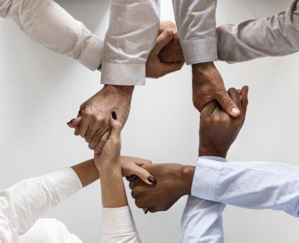 Rozwijanie współpracy i komunikacji w zespole